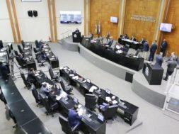 Assembleia-Legislativa-de-Mato-Grosso-durante-sessão-em-plenário-Maio-2019