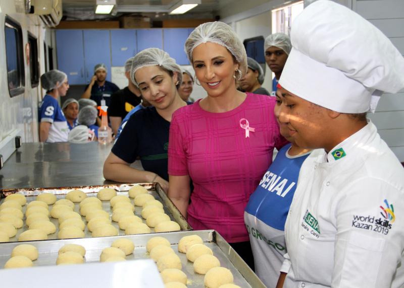 1ª dama aponta Qualifica 300 como uma das razões pela posição de Cuiabá em ranking de empregos