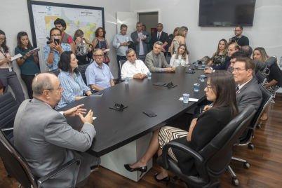 Comissão de Saúde visita Hospital de Câncer e assegura apoio para UTI pediátrica