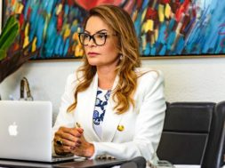 Primeira-dama Virginia Mendes