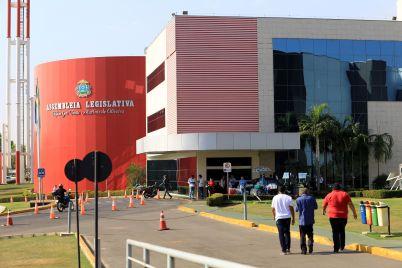 Deputados da CPI da Energisa visitam a sede do Ipem-MT