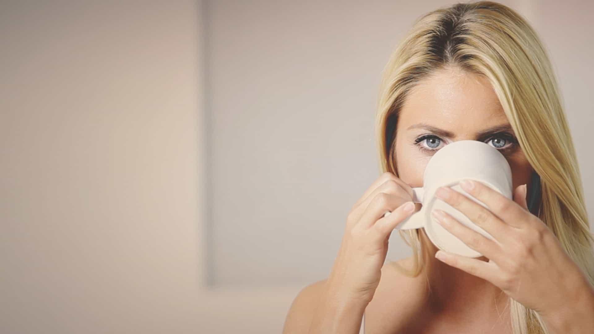 Bebe chá todos os dias? É isto que acontece ao seu corpo