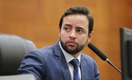 Ulysses Moraes apresenta indicações à Sinfra sobre pavimentação em rodovias de MT