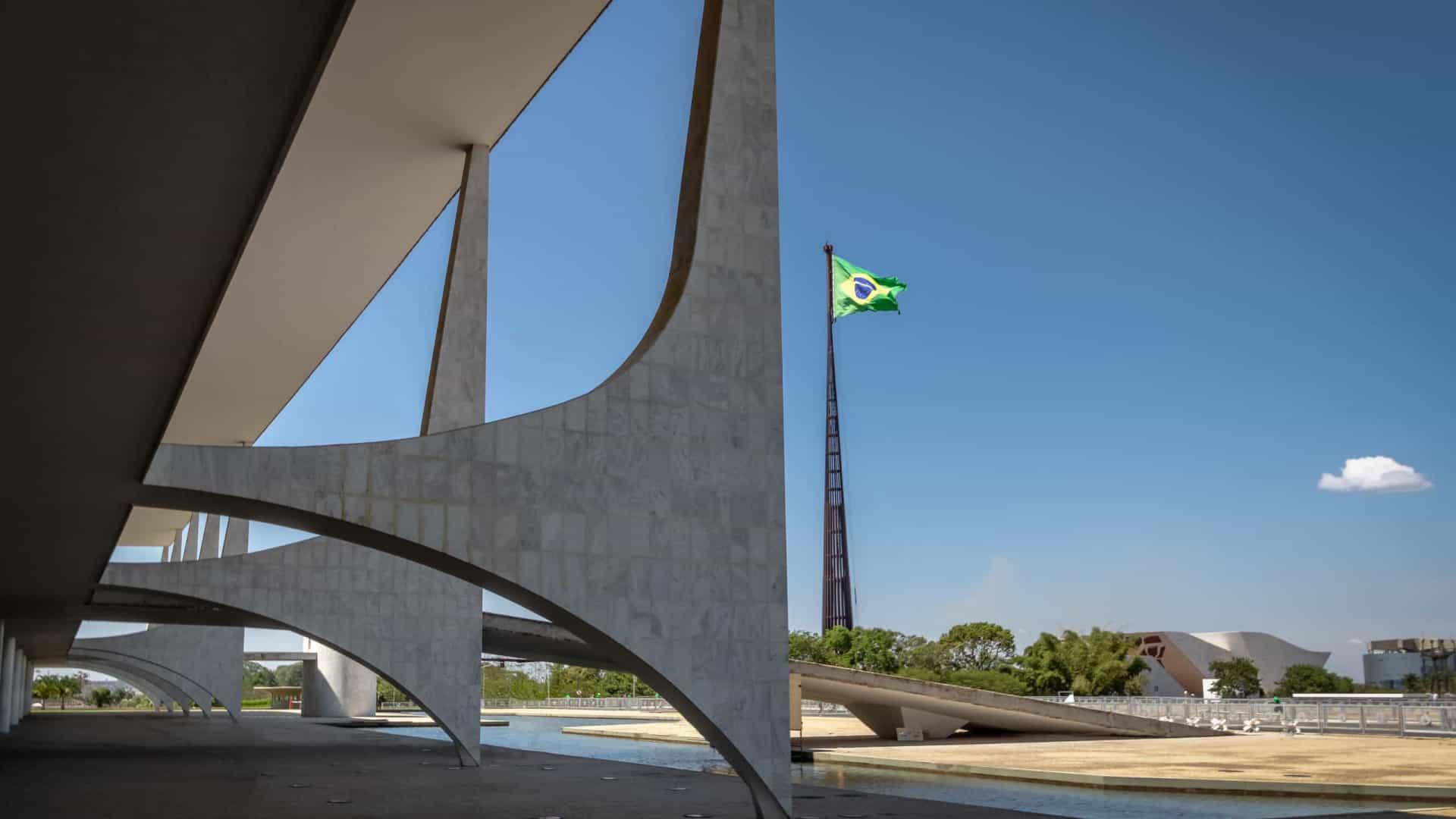 Comitê contra a pandemia liderado por Bolsonaro se reúne pela 1ª vez nesta quarta