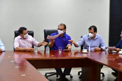 Deputados cobram e Estado garante entrega das vacinas Pfizer para o interior de MT