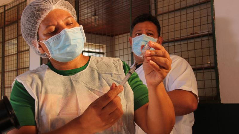 Servidores da Saúde falam da satisfação em vacinar pessoas em vulnerabilidade social contra a Covid-19