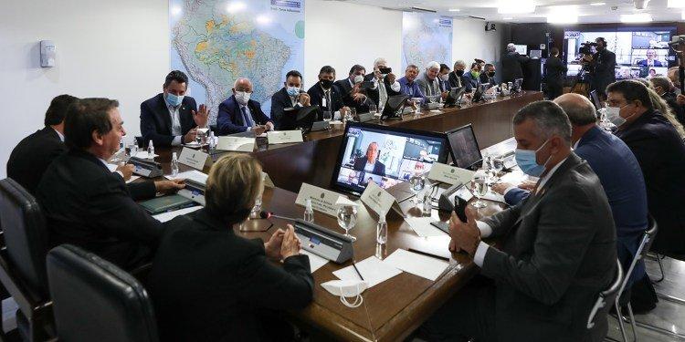FPA e IPA participam de reunião com Bolsonaro para apresentar o Agro Fraterno
