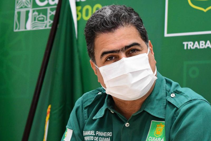 Prefeito defende vacinação de todos os profissionais da educação e aulas presenciais devem retornar em outubro
