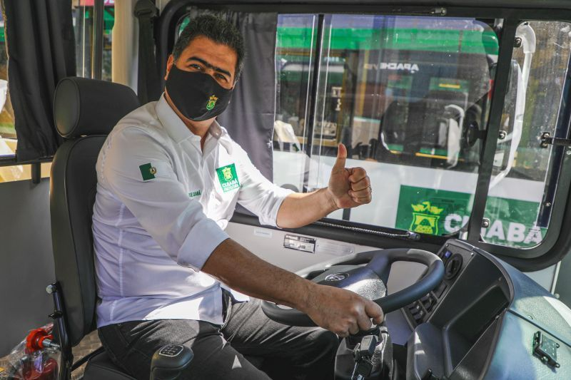 """""""Há mais de 20 anos a população espera por esse ato de coragem"""", diz Emanuel sobre revolução no transporte público"""