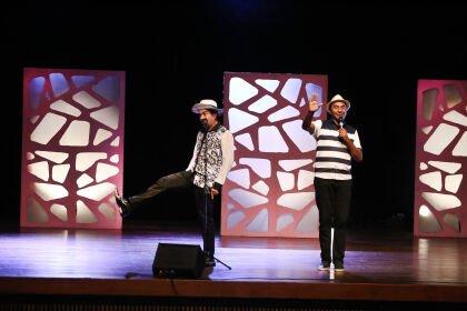 Nico e Lau voltam ao palco do Teatro Zulmira em primeiro show presencial